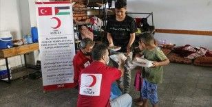 Türk Kızılay Filistin'de yaraları sarmaya devam ediyor