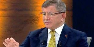 Davutoğlu'ndan açıklama: Bahsedilen olayla MİT tırlarının alakası yok