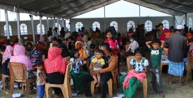 BM yetkilileri Bangladeş'te Arakanlı Müslümanların kaldığı adayı ziyaret ederek koşulları değerlendirdi