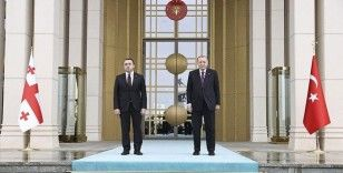 Cumhurbaşkanı Erdoğan, Gürcistan Başbakanı Garibashvili'yi resmi törenle karşıladı