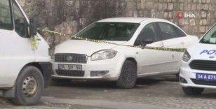 Kağıthane'de bir esnaf aracında ölü bulundu