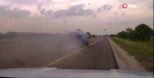 Aşırı hız yapan alkollü sürücü, boş yolda devriye aracına çarptı