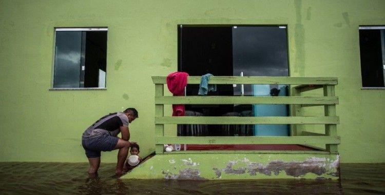Amazon ormanlarının etrafındaki nehirlerin su seviyesinde rekor artış
