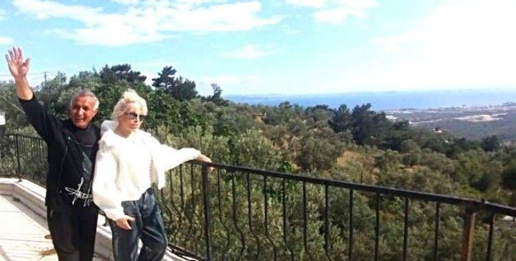 Ajda Pekkan çiftlik kurmak için Kazdağları'nda arazileri gezdi