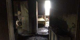 Muradiye'de ev yangını