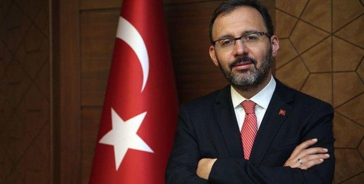 Bakan Kasapoğlu'ndan Yasemin Ecem Anagöz için tebrik mesajı