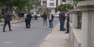 Arnavutköy'de silahlı kavgada 2 kişi yaralandı, mahalle muhtarı isyan etti