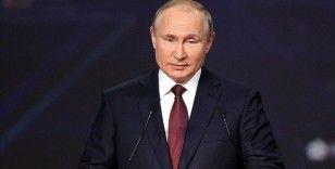 Rusya Devlet Başkanı Putin'den 'ABD doları silah olarak kullanıyor' çıkışı