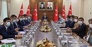 Bakan Kasapoğlu: 'Yarının Türkiye'sini gençler yönetecek'