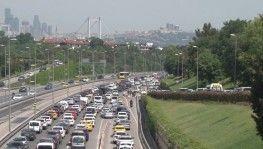 İstanbul'da kısıtlamasız ilk cumartesinde trafik yoğunluğu