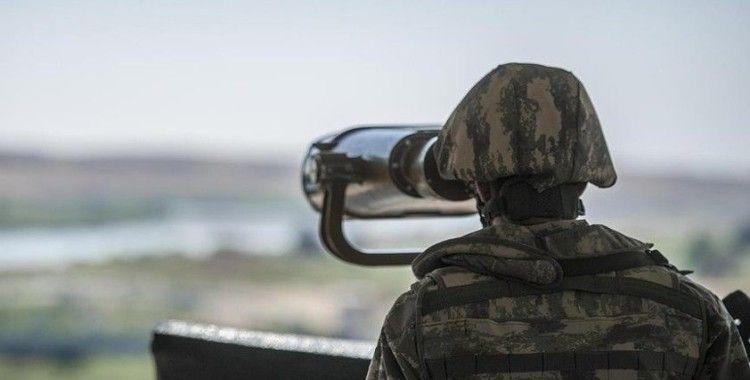 Suriye'den yasa dışı yollarla Türkiye'ye geçmeye çalışan PKK/YPG'li terörist yakalandı