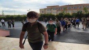 Ortaokul ve liselerde yüz yüze eğitim başladı