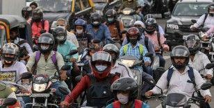 Hindistan'da vaka sayısı 63 gün sonra ilk kez 100 binin altında