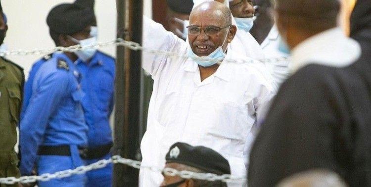 Eski Sudan Cumhurbaşkanı Beşir'in yargılandığı '1989 darbesi' davasının duruşması 15 Haziran'a ertelendi