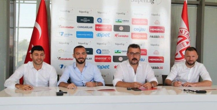 Antalyaspor'da iç transferde 3 imza