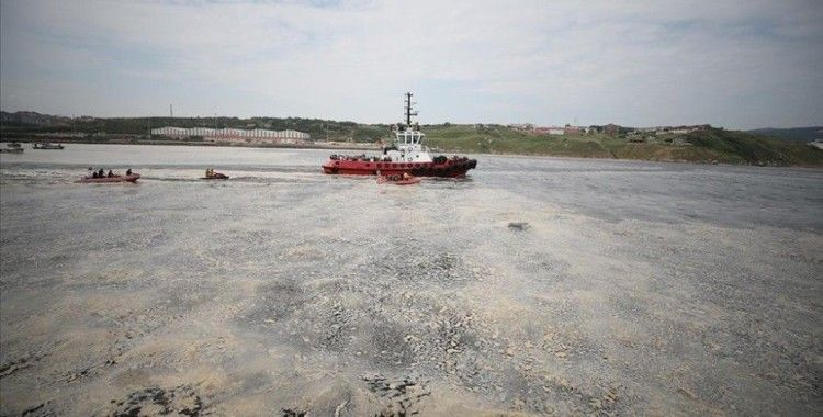 Marmara Denizi'nde müsilaj temizleme seferberliği başladı