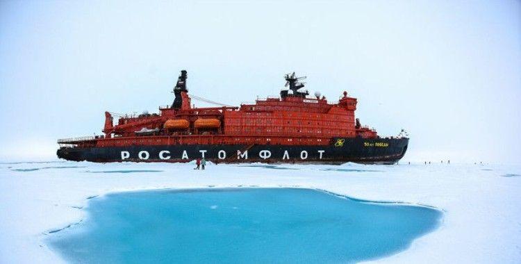 Rus Atomflot ile İstanbul merkezli Kuzey Star Tersanesi, nükleer buzkıranlar için yüzer liman anlaşması imzaladı