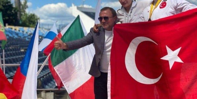 Para atlet Fatma Damla Altın, Dünya şampiyonu oldu