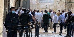 İsrail polisinin eşlik ettiği 78 fanatik Yahudi, Mescid-i Aksa'ya baskın düzenledi