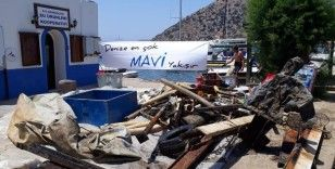 Denizden 2 saatte 1 ton atık çıkardılar