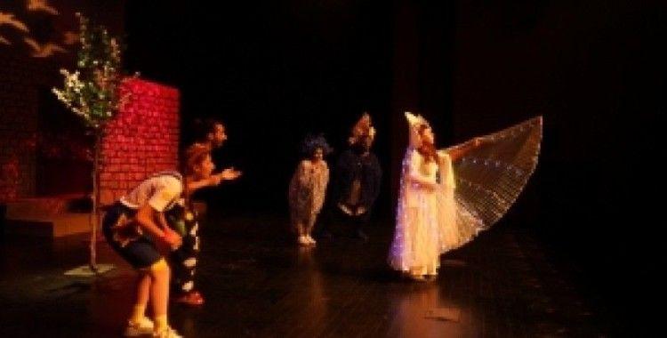 Şehir Tiyatroları perdelerini açıyor