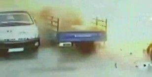 PKK/KCK terör örgütünün Suriye'deki bombalı saldırısı kamerada