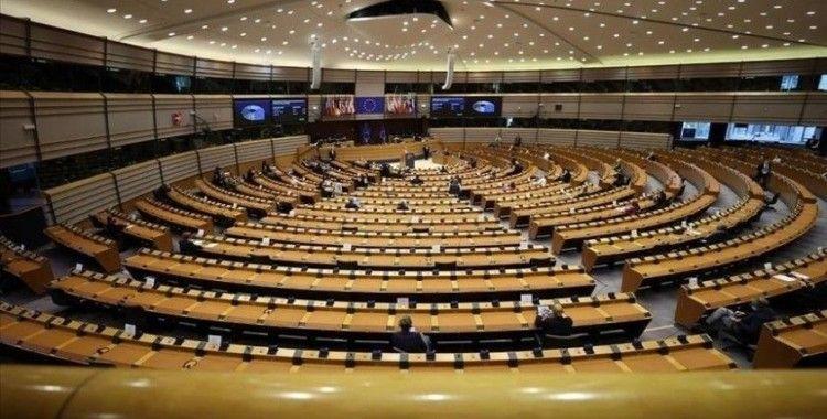 Avrupa Parlamentosu'ndan Kovid-19 aşılarında fikri mülkiyetin kaldırılması çağrısı