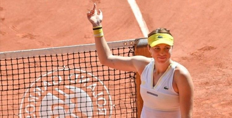 Fransa Açık tek kadınlarda ilk finalist Pavlyuchenkova oldu