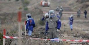 Azerbaycan, 97 bin mayının haritaları karşılığında gözaltındaki 15 Ermenistanlıyı iade etti
