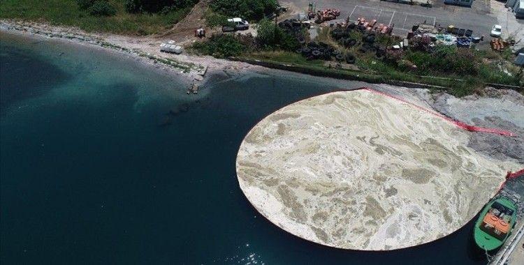 Bakan Kurum: Marmara Denizi'nden 6 günde 2 bin 166 metreküp müsilaj temizlendi