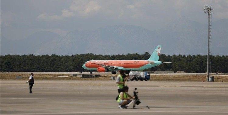 'Turizmin başkenti' Antalya'da hava yolu trafiği haziranda hareketlendi