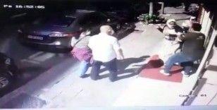 İstanbul'da hırsızlık yaparken yakalanan kadının dövüldüğü anlar kamerada