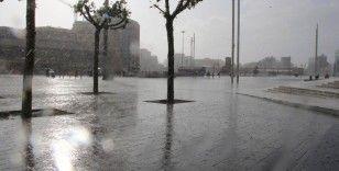 İstanbul ve Trakya için sağanak yağış uyarısı