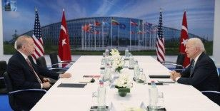 Cumhurbaşkanı Erdoğan'ın ABD Başkanı Biden ile görüşmesinde dikkat çeken kitap