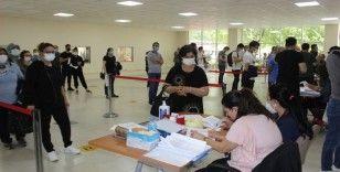 Fatih Sultan Mehmet Eğitim ve Araştırma Hastanesinde günlük aşılama sayısı 6 bine ulaştı