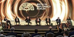 Antalya Diplomasi Forumu'nda küresel sorunların çözümünde iş birliği mesajı verildi