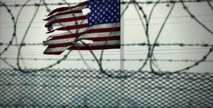 Guantanamo'daki hapishanede tutuklu iki kişinin daha serbest kalmasına karar verildi