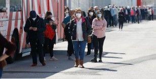 İspanya 26 Haziran'dan itibaren açık alanda maske kullanma zorunluluğunu kaldırıyor
