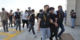'Garantili kupon çetesi' operasyonunda 5 kişi tutuklandı
