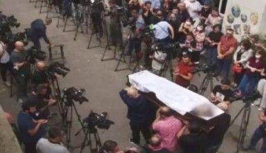 Gürcistan'da hayatını kaybeden kameraman toprağa verildi