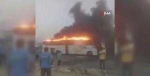 Mısır'da yolcu otobüsü alev alev yandı