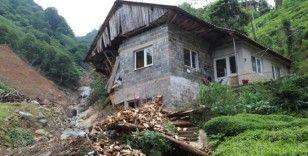 Bakan Murat Kurum, selin dehşet anlarının yaşandığı Ballıdere köyünde incelemelerde bulundu