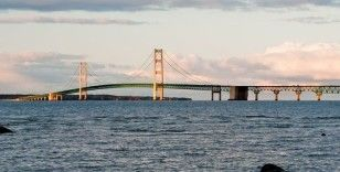 ABD'deki Mackinac Köprüsü trafiğe kapatıldı