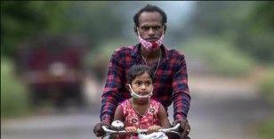 Hindistan'da kara mantar enfeksiyonu nedeniyle ölenlerin sayısı 4 bin 332'ye ulaştı