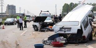 Bayram tatilinin beşinci gününde meydana gelen trafik kazalarında 4 kişi öldü, 28 kişi yaralandı
