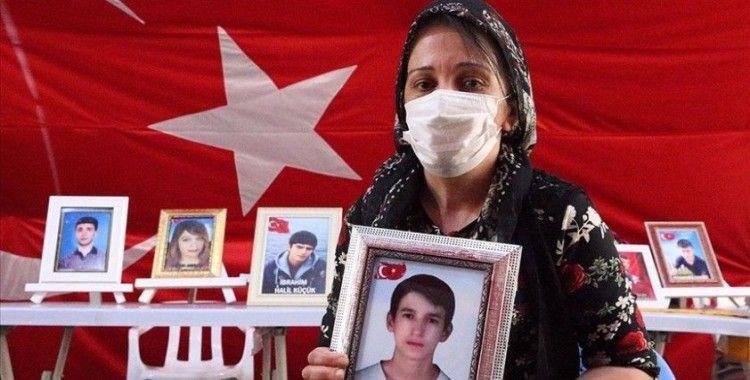 Diyarbakır anneleri Kurban Bayramı'nda da evlatlarının yolunu gözlüyor