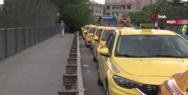 İBB 400 taksinin ruhsatını askıya aldı