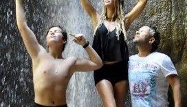 İvana Sert sevgilisi ve oğluyla Fethiye'de tatilde
