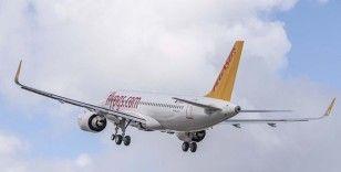 Milas Bodrum Havalimanı'na uçağı indiren kaptan pilot fenalaşıp yaşamını yitirdi