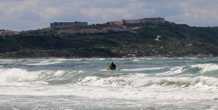 Şile'de denize girmek bugün de yasaklandı